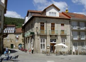 Entrance to the Praza Maior