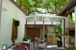 The charming courtyard at Taperia a Ribeira