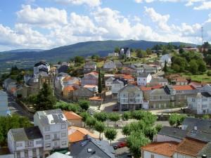 View over the town to the Sierra de Mazaira