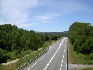 1. Stress-free driving along traffic-free highways