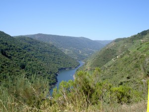 2. The spectacular Sil canyon