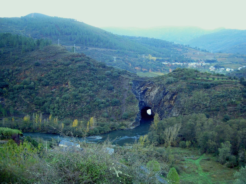Montefurado – Tunnel vision